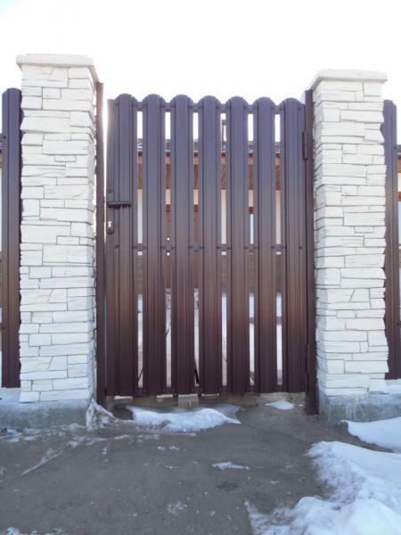 Ура! Уменя теперь есть забор!